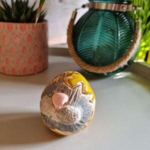 """Ceramiczna pisanka z królikiem """" Pisanka- niespodzianka żółta"""""""